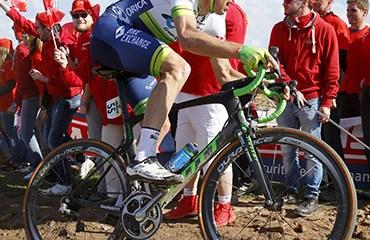 Matthew Hayman ganó la edición 2016 de París-Roubaix a bordo de una SCOTT Foil