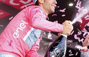 """Vincenzo Nibali le ganó el mano a mano a """"Chavito"""" y se quedó con el título del Giro de Italia"""