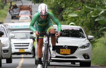 Lorena Colmenares, no se resigna a no estar en el podio de la Vuelta a Colombia
