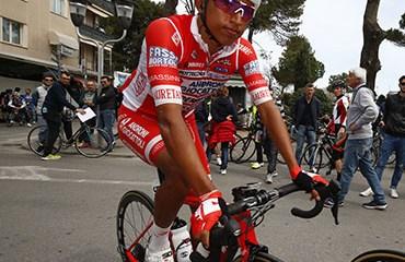 Egan Bernal ya es tercero en la general de la Coppi-Bartali