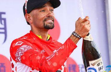 Ortega es tercero en la general de la prueba china y líder de la montaña