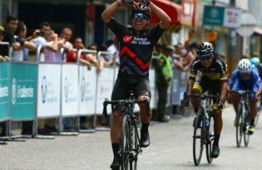 Juan Esteban Guerrero ganador de cuarta etapa de Vuelta de la Juventud