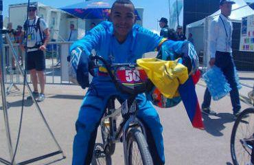 Miguel Ángel Restrepo medalla de bronce en Campeonato Mundial de Bakú