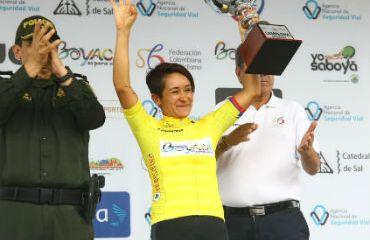 Ana Cristina Sanabria, obtiene tercer trofeo como la reina de Vuelta a Colombia Femenina