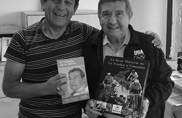 Nuestro Director, Héctor Urrego Caballero, fue uno de las voces promovidas por Eucario Bermúdez en la Radio de Colombia. Paz en su Tumba.