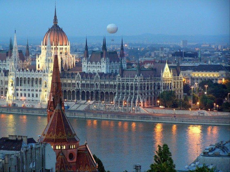 ¿quieres trabajar en hungría sin saber húngaro?