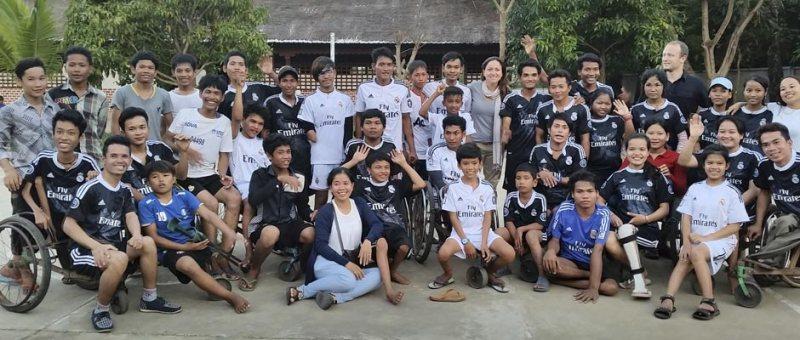 nueva escuela de la fundación real madrid en camboya