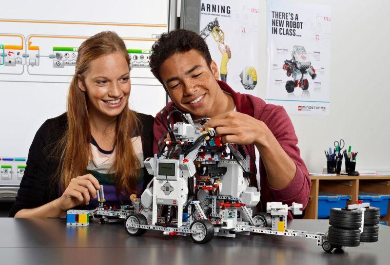 microsoft y lego educacion robotix se unen para fomentar la programación, la robótica y habilidades stem en los colegios en españa