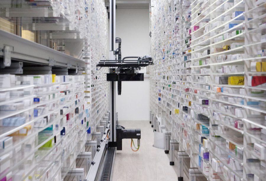 Los robots Hospital Stanford farmacia