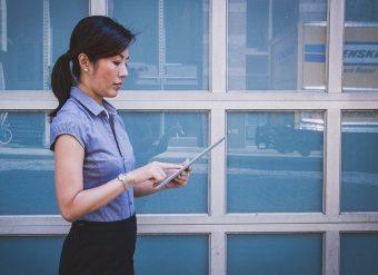 25 becas para mujeres en carreras digitales