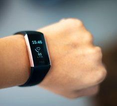 stanford, smartwatch puede detectar signos tempranos de enfermedad
