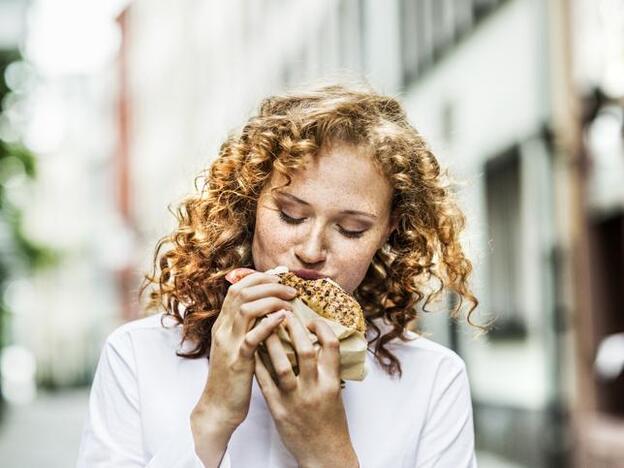Ayuno y comportamiento afectan las neuronas del hambre3