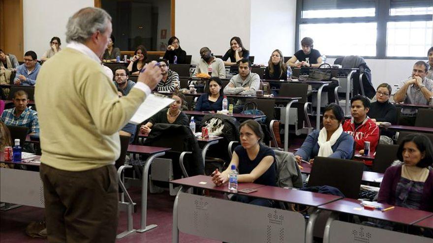 Reforma universitaria acaba precariedad docente4