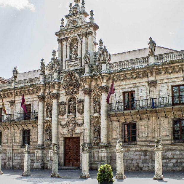 Universidad de Valladolid Fundada en 1241