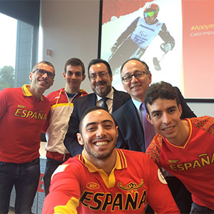iberia apoya al equipo paralímpico español en su viaje a río 2016