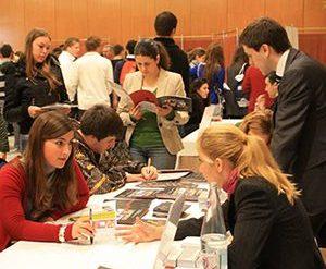 más de 40 universidades se reúnen en unitour madrid, el salón de orientación universitaria que orienta a los alumnos en su elección de carrera