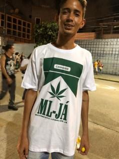 Jovem do movimento Legalize Já. (Foto: Alexandre Figueirôa).