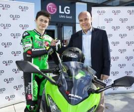 LG patrocinará a Manugasss, piloto de SBK Supersport 300