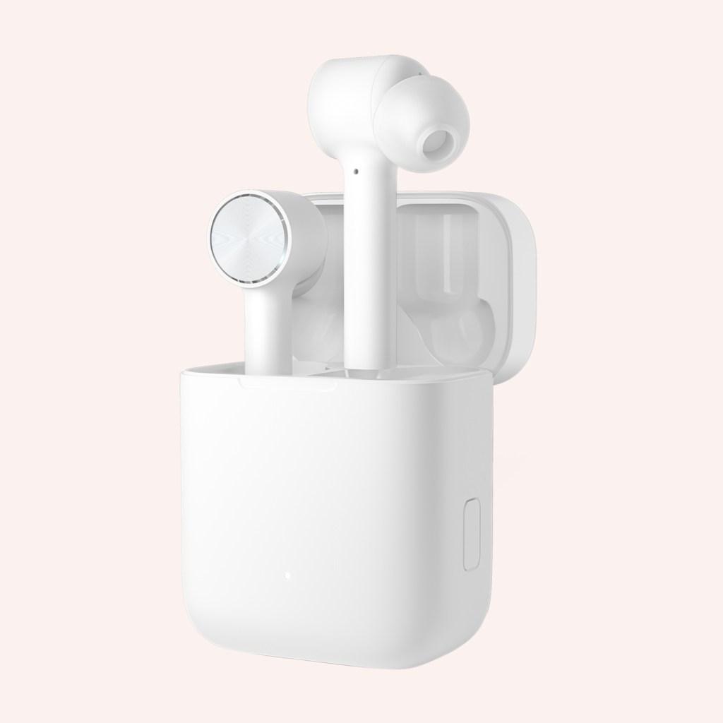 """Xiaomi presenta sus propios """"AirPods"""", auriculares sin cable"""