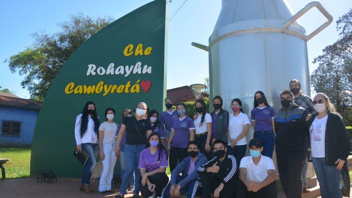 Jóvenes de Cambyretá se preparan para ser guías de turismo