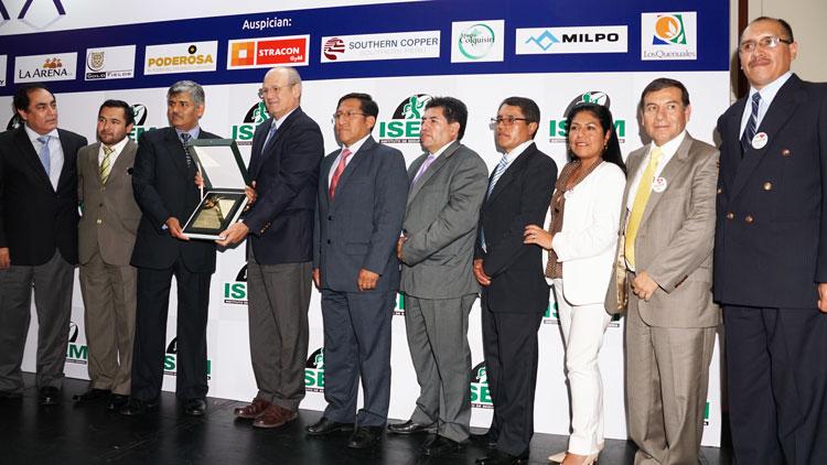 Placa de reconocimiento para Volcan Compañía Minera Acumulación Andaychagua