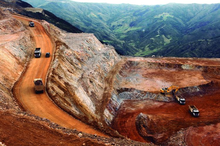 Gestión de seguridad y salud en Minera La Zanja: operación y liderazgo para la prevención de accidentes