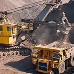 Cómo se relaciona el carguío y transporte con el resto de actividades para la extracción del mineral
