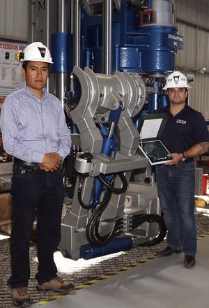 Brazo posicionador de tuberías fabricado para máquinas raise borer de TUMI, instalado en el nuevo modelo la máquina SBM 700.