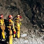 Procedimiento para el desatado de rocas en la minería subterránea