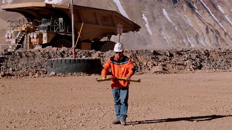 Tecnologia exploracion minera con drones radares y laser
