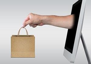¿A qué se debe el aumento del comercio electrónico?