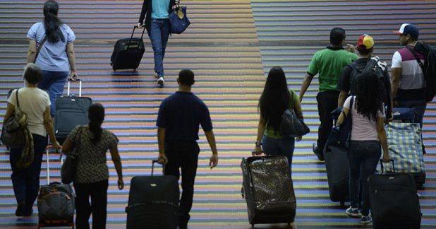 Cómo-emigrar-de-Venezuela-SIN-CUPO-CENCOEX