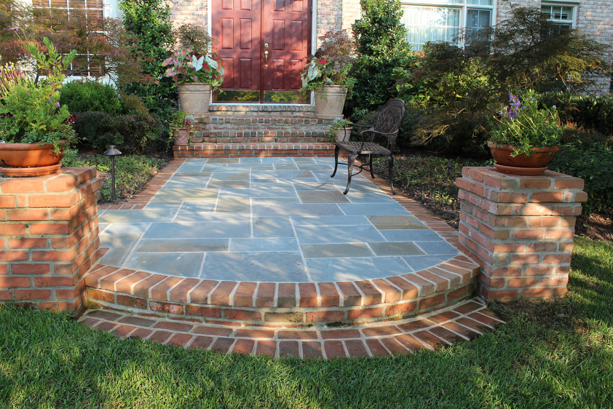 Brick And Flagstone Patio Design