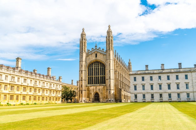 Challenges And Benefits An International Student UK
