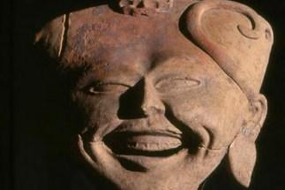 Le rire est un agent de la catharsis ou purification des émotions.