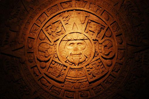 Le calendrier Maya a annoncé la fin du monde pour le 21 décembre 2012. S'agit-il d'une vérité ou d'un canular ? La fin du monde ou la fin d'un monde ?