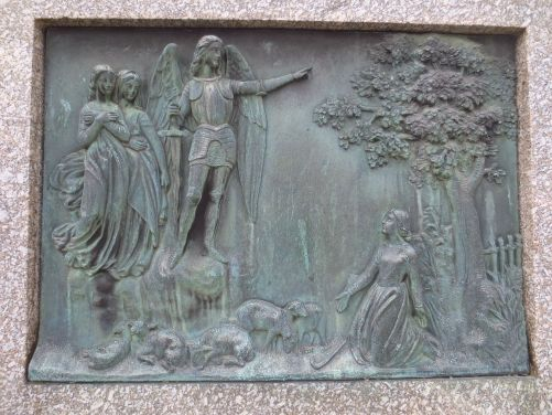 Saint Michel guide Jeanne d'Arc, au moment de faire renaître, de ré-enchanter la France dans une période difficile de son histoire