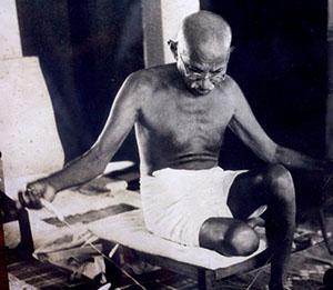 Gandhi, héros universel, guerrier de la paix