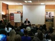 """Conférence de Fernand Schwarz """"Gandhi, le guerrier de la paix"""" dans les écoles de philosophie de Nouvelle Acropole"""