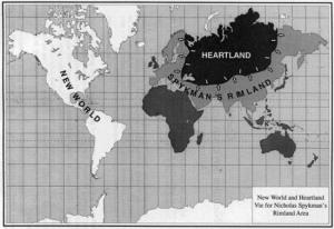 La pensée géopolitique britannique puis celle des États-Unis, qui en ont hérité, s'articule autour de la thèse de pivot du monde (Heartland).