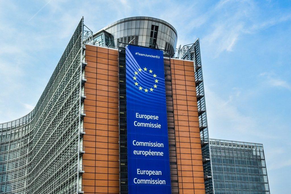 Bruxelles et Moscou, deux grammaires de puissance
