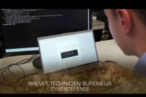 Entretien avec le colonel Eon Duval. Former au cyber, le BTS du lycée Saint-Cyr