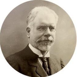 Léon Duguit (1859-1928) dans l'ETAT, le droit objectif et la loi positive écrivit : « [...] il y a des choses que l'État est obligé de faire ; il y a des choses que l'État ne peut pas faire [...] à l'art juridique d'en établir la formule et la sanction pratique. Si la science et l'art juridiques sont impuissants à le faire, leur étude ne vaut pas une minute d'effort ». Ici transpire à nouveau l'influence exercée sur l'œuvre du juriste par le grand sociologue Émile Durkheim (1858-1917) qui, souhaitant jeter les bases de la sociologie moderne, estimait que : « nos recherches ne méritent pas une heure de peine si elles ne devaient avoir qu'un intérêt spéculatif. »
