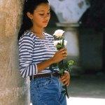 Girl in Central Park (La Antigua) —Ralph Kummerow