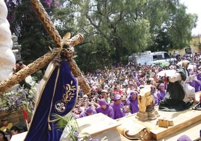 Procession, Semana Santa photos by Leonel -Nelo- Mijangos (nelo.ws)
