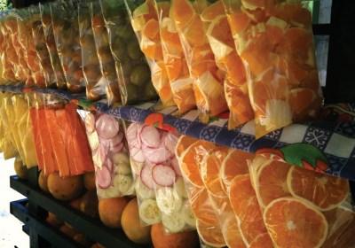 Fresh fruit stand (photo by Rudy A. Girón, courtesy of AntiguaDailyPhoto.com)