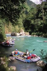 2012 expedition group on the río Cahabón (Alta Verapaz), photo: Luis Enrique Lopez Argueta