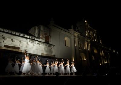 Ballet Guatemala en La Antigua Guatemala by Nelo Mijangos