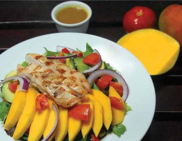 Mango salad with chicken