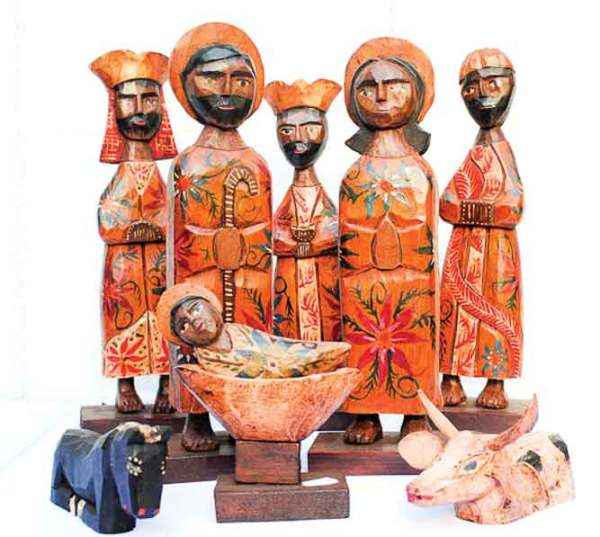 Carrying on the craft of wood carving